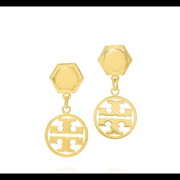 97caf19a2 TORY BURCH Circle Logo Drop Earrings in Gold. M_5afe42be9a94558bcc95c7e2